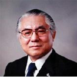 4代目理事長 医学博士 河野稔